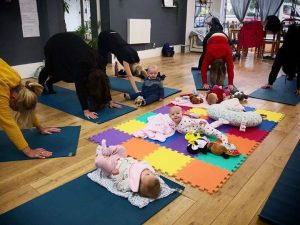 Online Yoga Parents at Do It Like A Mother HQ @ Do It Like A Mother HQ | Southend-on-Sea | United Kingdom